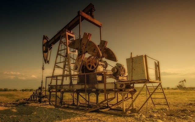 How Software Is Transforming the Oil and Gas Industry